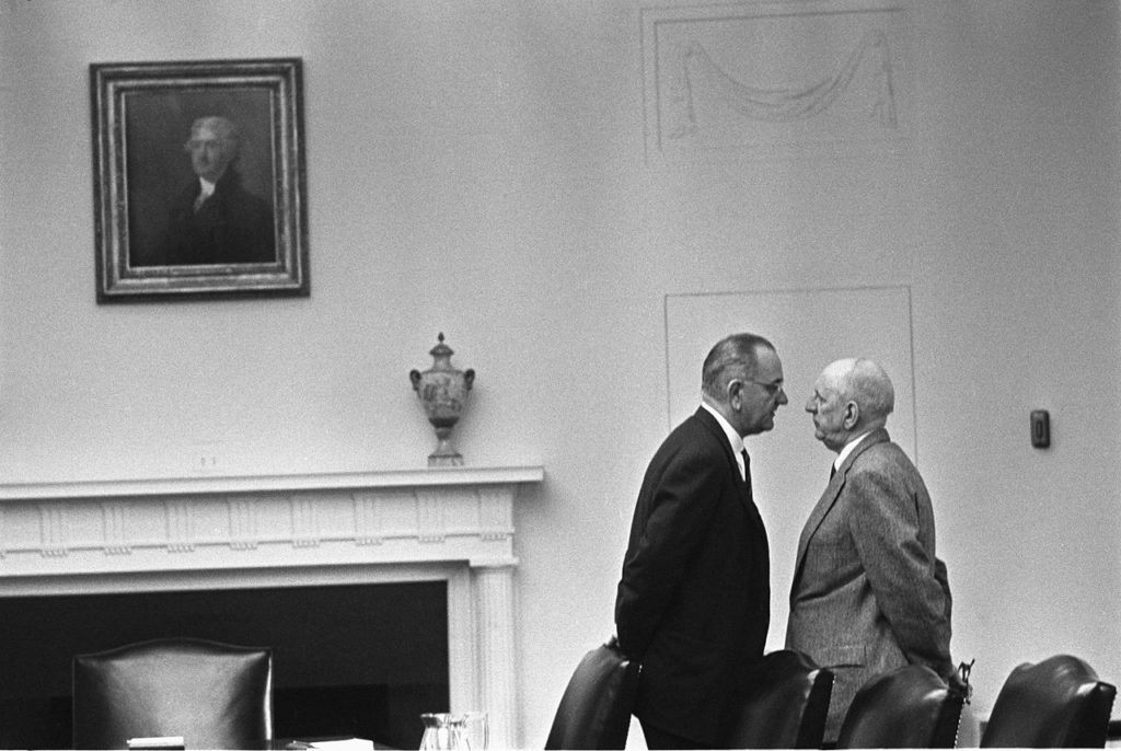 Lyndon Johnson and Richard Russel [photo www.wikiwand.com]